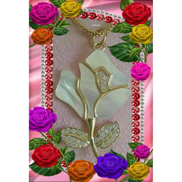 Rose Necklace !