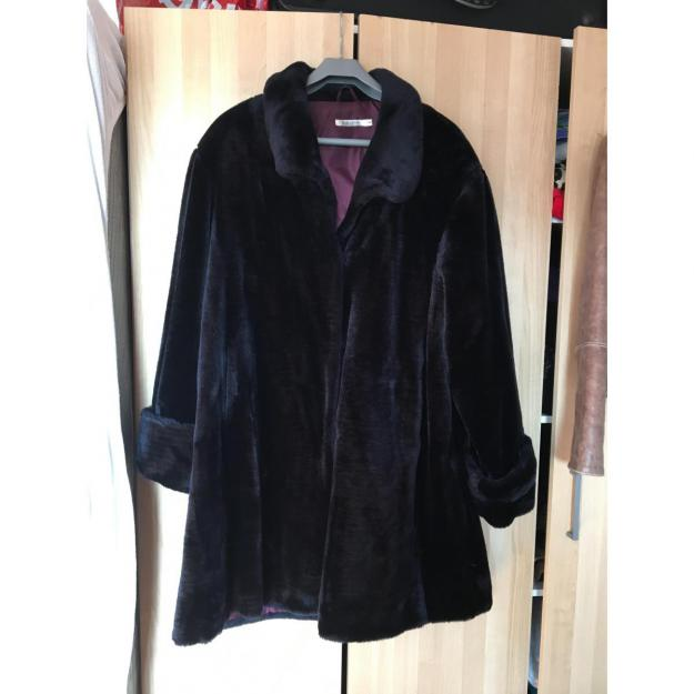 Fake-fur jakke