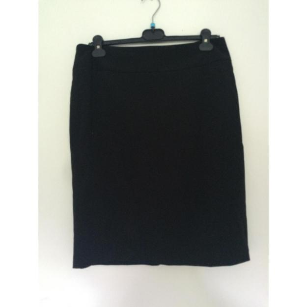 Sort pencil skirt